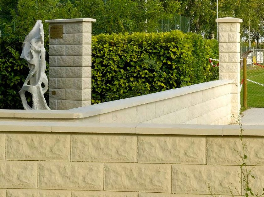 Concrete wall coping Wall Coping by SAS Italia