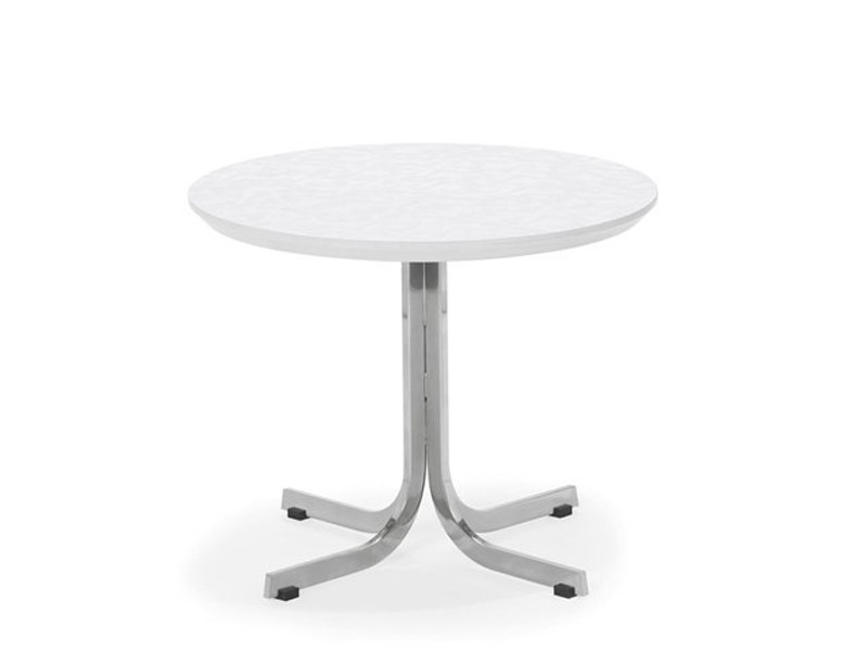 Round wooden table T 870 by Artifort