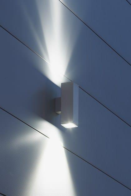TETRA 140 | Applique per esterno TETRA 140 Applique particolare dell'effetto luminoso