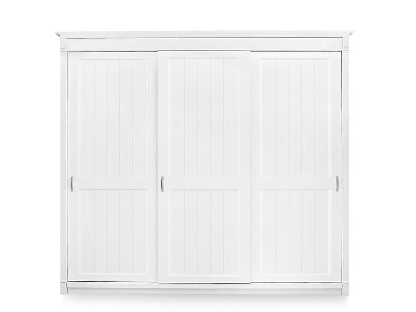 Solid wood wardrobe with sliding doors RICHMOND | Wardrobe with sliding doors by Minacciolo
