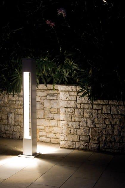 TETRA PARCO   Paletto luminoso per spazi pubblici