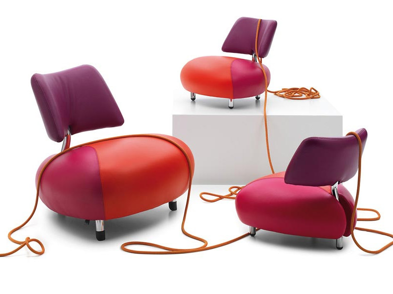 Leather armchair PALLONE by LEOLUX