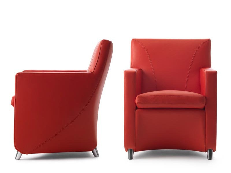 Armchair with armrests DOLCINEA by LEOLUX