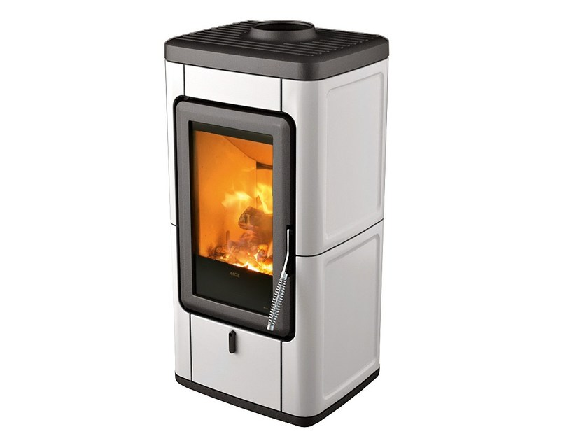 Wood-burning stove for air heating VELD by MCZ GROUP