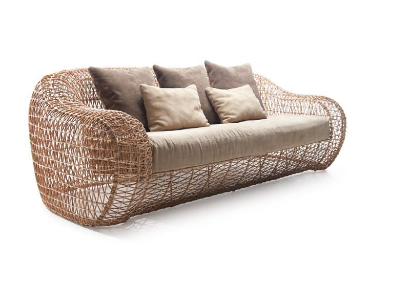 BALOU | Gartensofa By KENNETH COBONPUE Design Kenneth Cobonpue