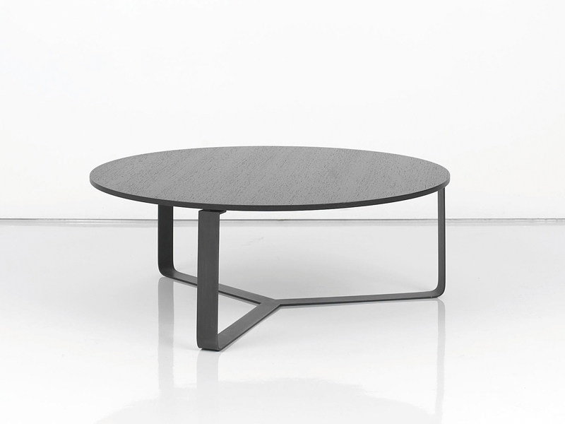 Round wooden coffee table YPSILON by INTERNI EDITION