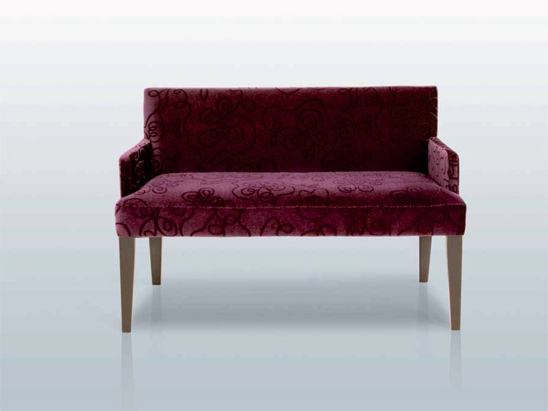 Fabric small sofa BANC SEATON ACCOUDOIRS by INTERNI EDITION