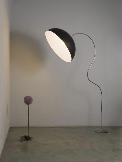Resin floor lamp MEZZA LUNA | Floor lamp by In-es.artdesign