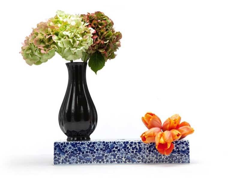 Ceramic vase DELFT BLUE 10 by moooi