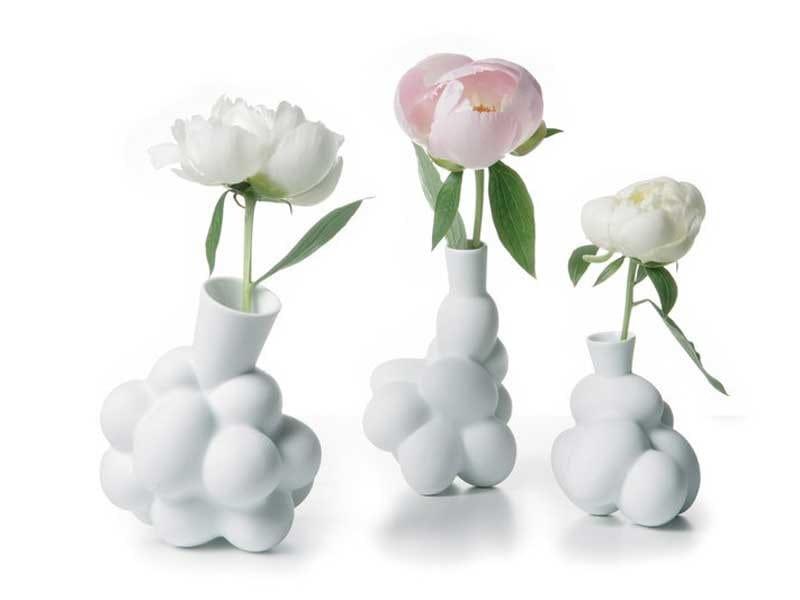 Porcelain vase EGG VASE by moooi