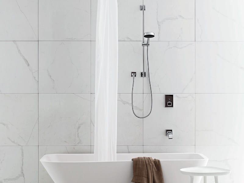 Vasca Da Bagno Zucchetti : Vasca da bagno in cristalplant vis À vis kos by zucchetti