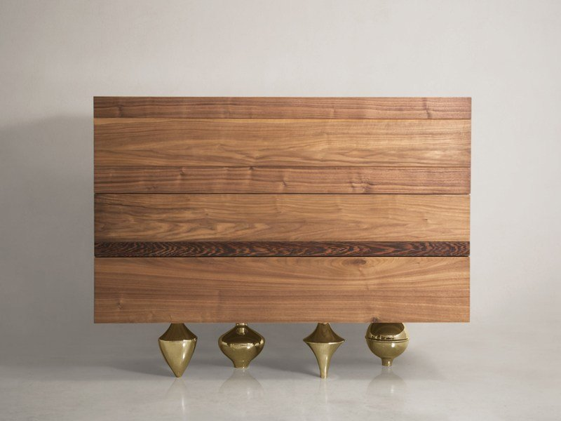 Wooden chest of drawers IL PEZZO 1 | Chest of drawers by Il Pezzo Mancante