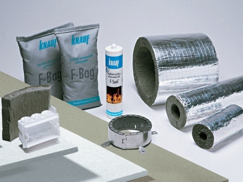System to protect against fire penetration ATTRAVERSAMENTI  IGNIFUGHI KNAUF by Knauf Italia