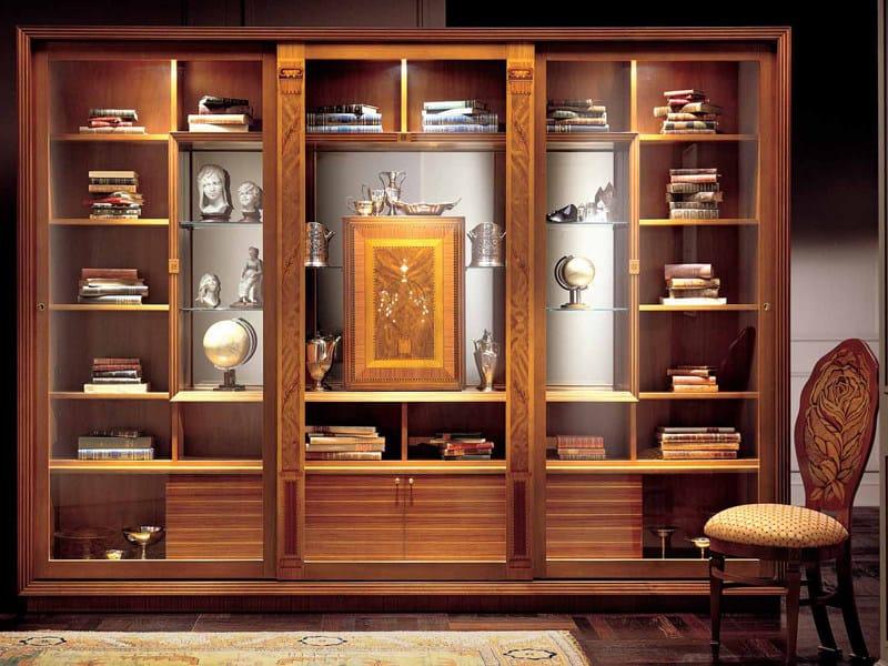 Bookcase Display cabinet LE CORNICI by Carpanelli Classic