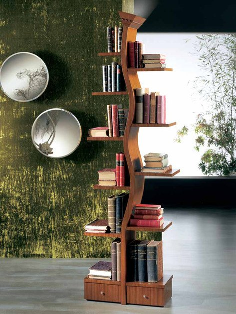 Freestanding lacquered gold leaf bookcase with built-in lights GIOVANE ALBERO by Carpanelli Classic