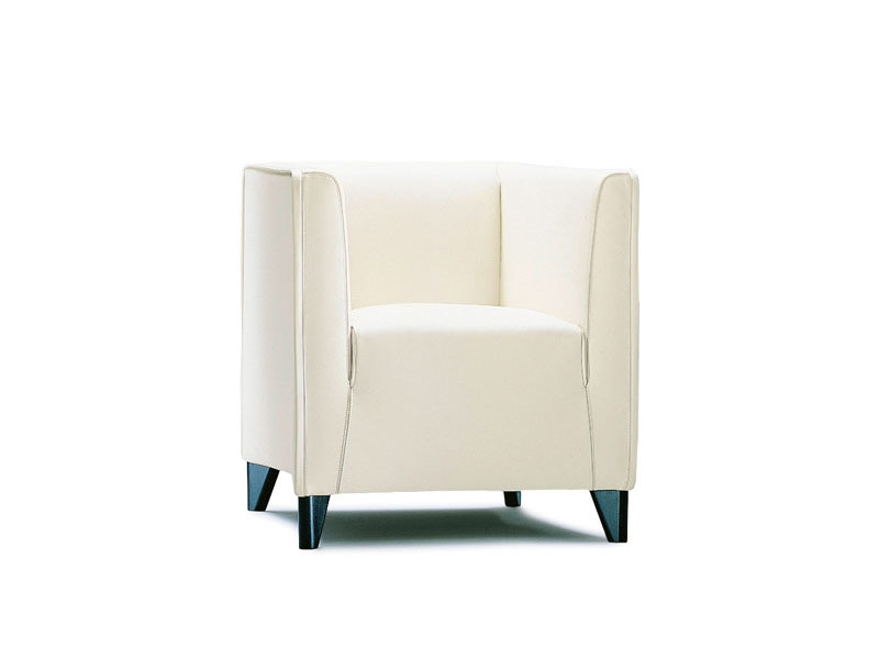 Upholstered armchair with armrests QUADRA | Armchair by Wittmann