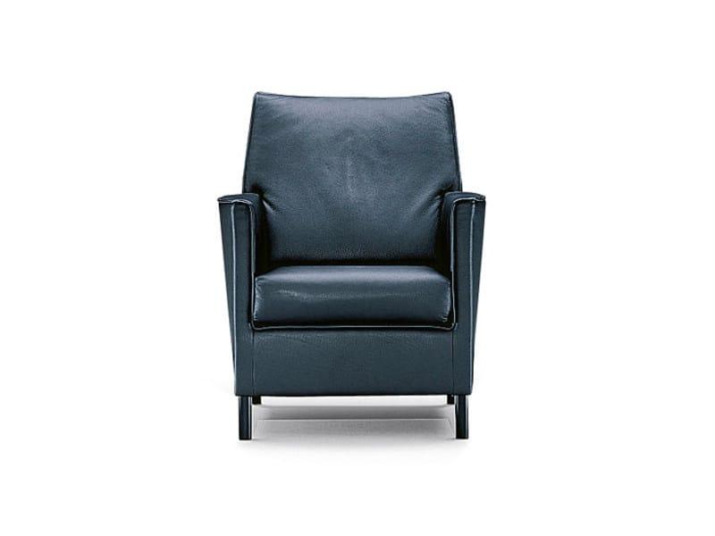 Upholstered leather armchair SEDAN | Armchair by Wittmann
