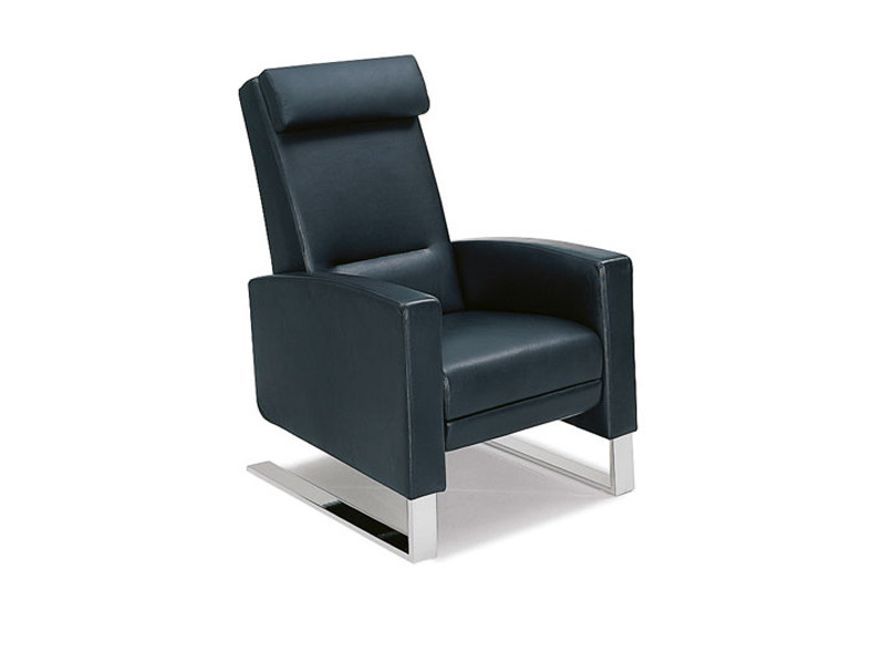 Cantilever leather armchair LINDBERGH | Sled base armchair by Wittmann