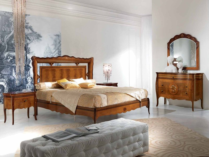Double bed with high headboard POIS | Double bed by Carpanelli Classic