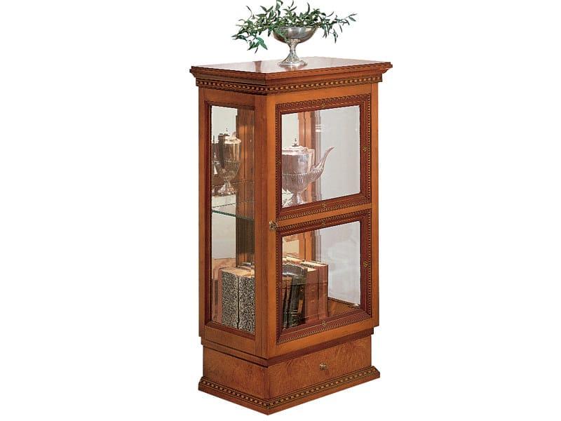 Walnut display cabinet NEOCLASSICA | Display cabinet by Carpanelli Classic