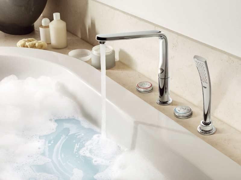 Electronic bathtub mixer with hand shower ONDUS® VERIS DIGITAL | Bathtub mixer by Grohe
