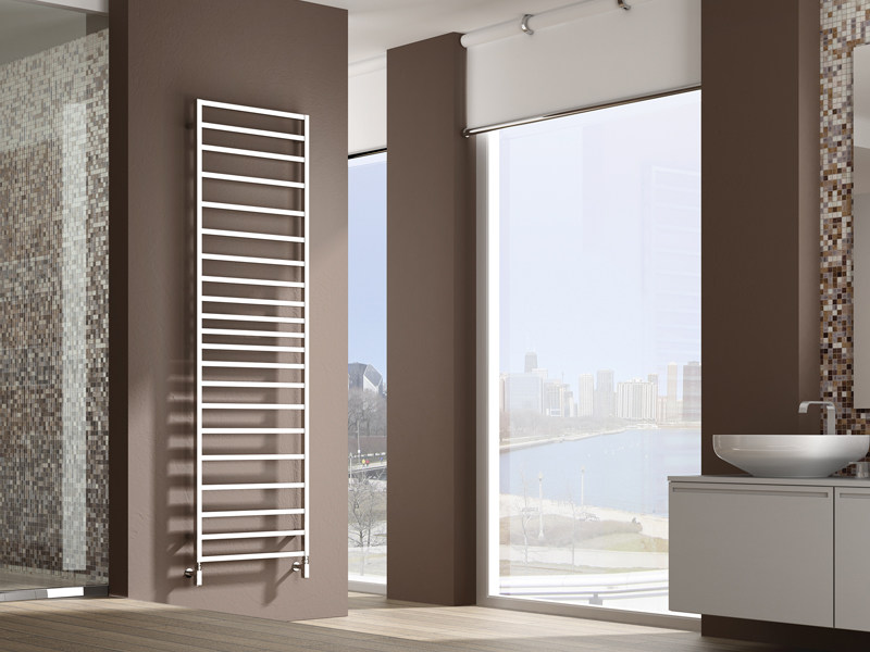 Wall-mounted brass towel warmer TOLÉ by IRSAP