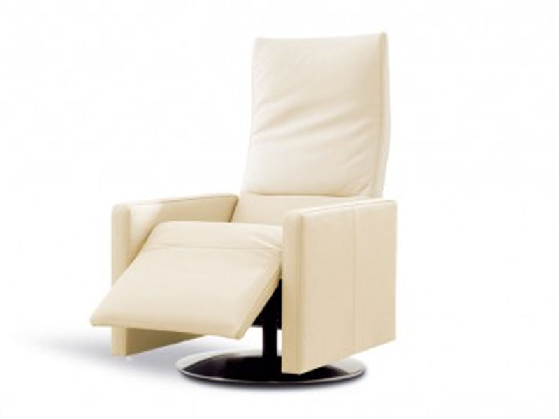 Reclining chair with headrest and footstool CAMMEO by JORI