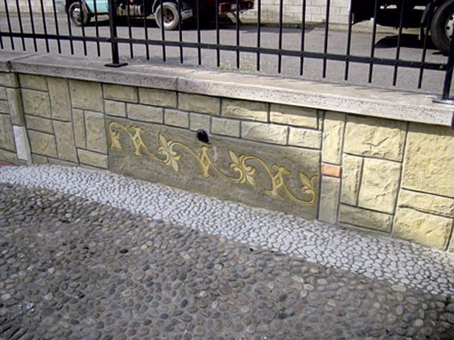 MURO STAMPATO Muretta di recinzione decorata in intonaco stampato Ideal Wall