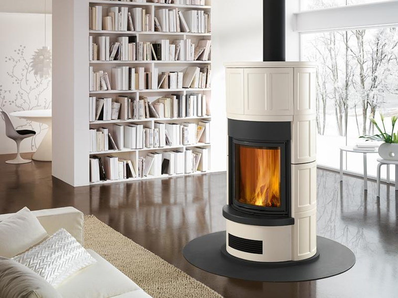 Wood-burning Central stove C UNO. by Piazzetta