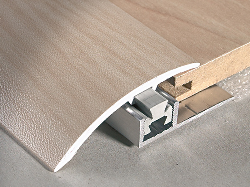 Terminal profile for mismatching floors 6 - 11 mm MULTICLIP CLF 450 by PROFILITEC