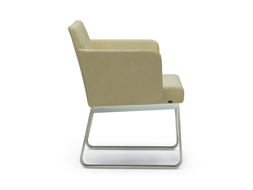 Sled base leather easy chair with armrests BEN | Easy chair by ROSSIN