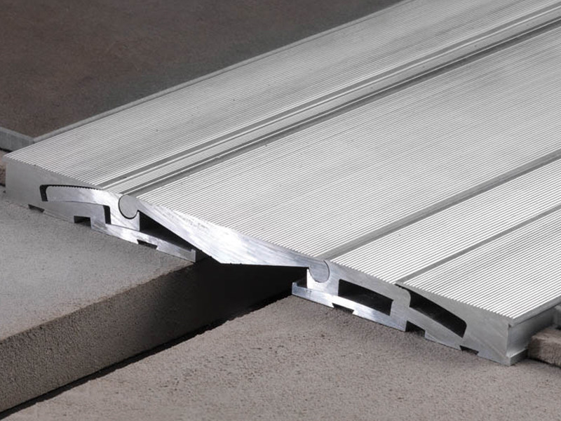 Carriageable structural, anti seismic expansion joint JOINTEC GH by PROFILITEC