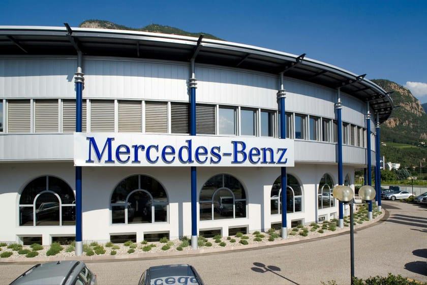Doga di rivestimento in alluminio Mercedes-Benz Bolzano