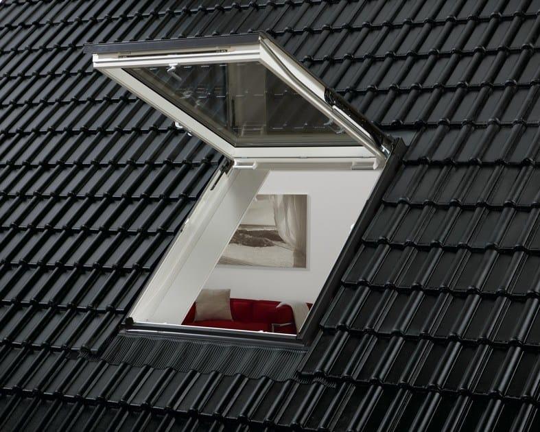 Finestra da tetto a vasistas con apertura manuale velux for Finestre x tetti