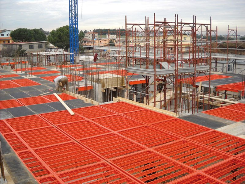 Formwork and formwork system for concrete ALUGRIX by Faresin Formwork
