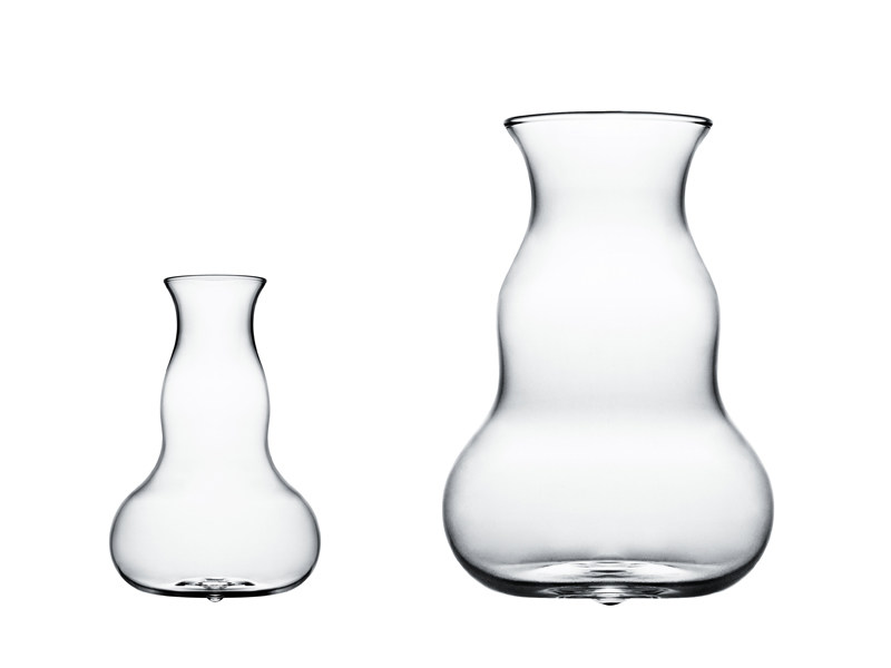 Glass jug MOTION by Normann Copenhagen