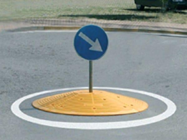 Traffic divider barrier, speed hump SG140 by Lazzari