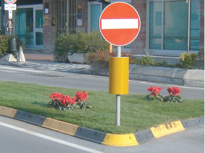 Wheel stop parking kerb Wheel stop parking kerb by Lazzari