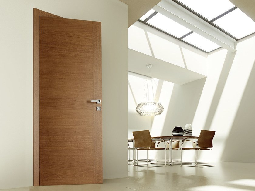 Hinged wooden door MAGNOLIA by Ghizzi & Benatti