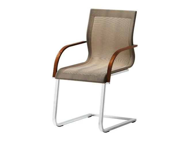 Cantilever Stricktex chair with armrests MAGNUM | Chair with armrests by TEAM 7