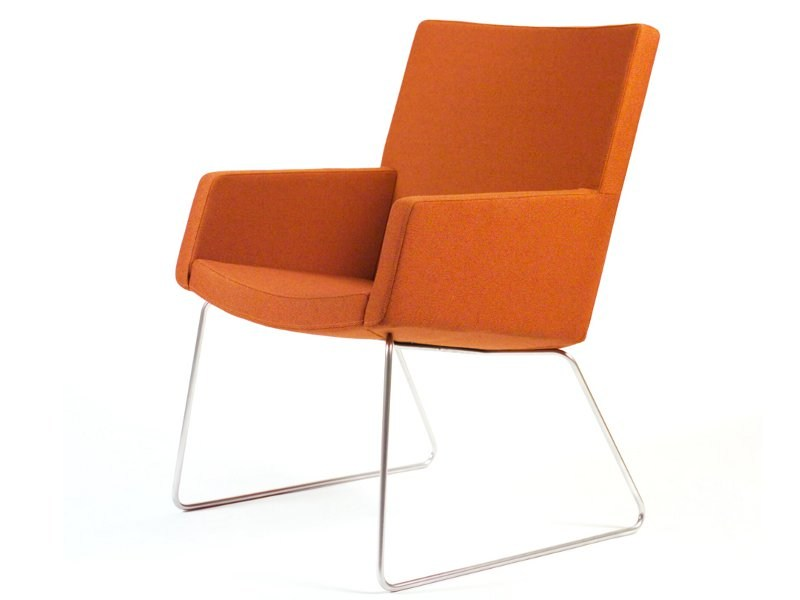 Sled base easy chair with armrests LARGO by Inno