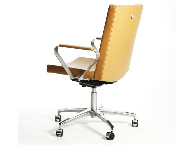 Chair with 5-spoke base with armrests with casters MEETING EXTRA   Task chair with armrests by Inno
