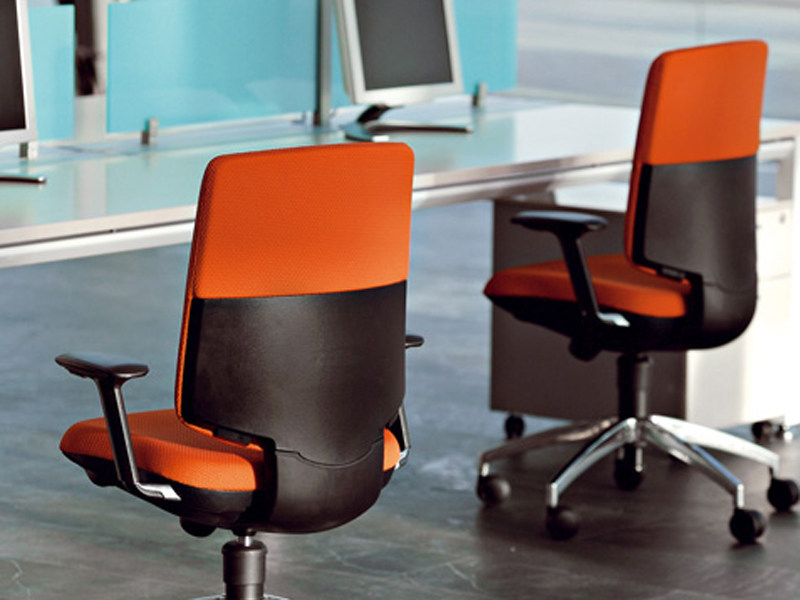 Task chair with casters IDONIA | Task chair by ACTIU