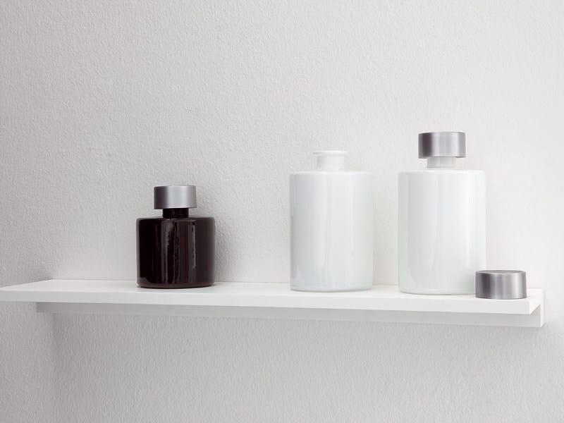 UNICO | Wandregal für Badezimmer aus Corian® By Rexa Design