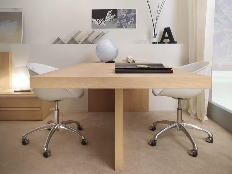 Honeycomb writing desk 9005 | Writing desk by dearkids