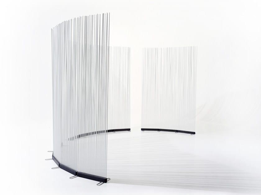 Schermo divisorio da giardino in fibra di vetro STICKS INLINE by Extremis