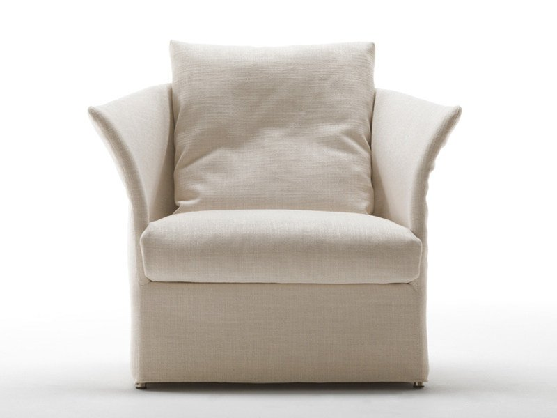 Upholstered armchair with removable cover CURVE | Armchair by Living Divani