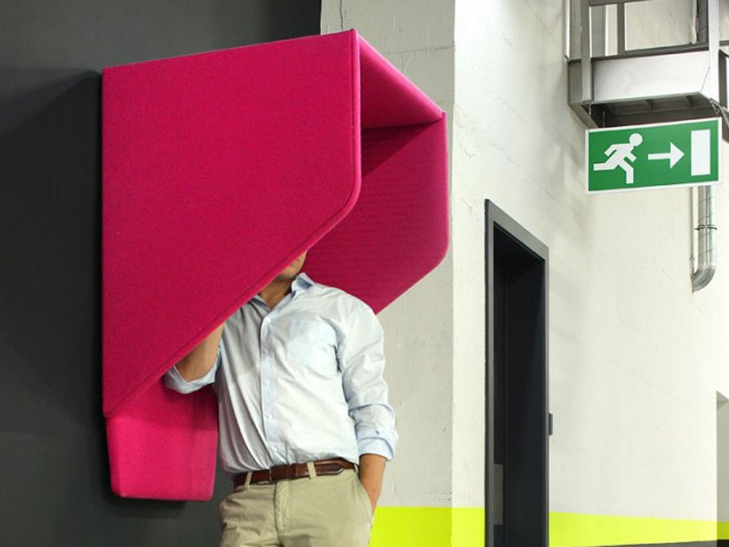 Wall-mounted acoustic phone booth BUZZIHOOD by BuzziSpace