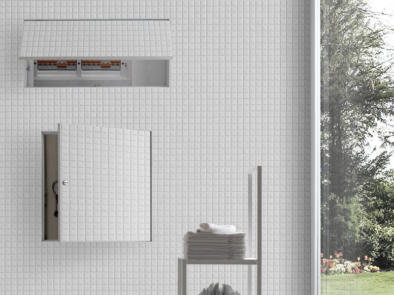 Flush-to-the-wall door system CUBBY by BLUINTERNI