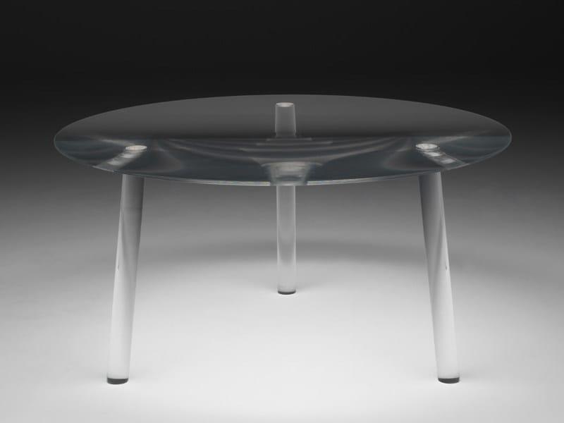 round plexiglass table drop table by living divani design junya ishigami. Black Bedroom Furniture Sets. Home Design Ideas